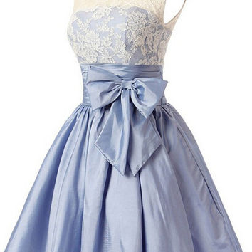 Fashion A-line Scoop Short Taffeta Blue Homecoming Dress