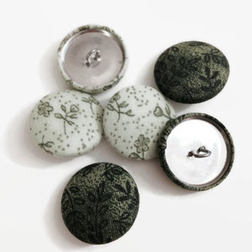 "Set of 6 - 1"" Cotton Fabric Buttons with Wire Backs - Green Flower Leaf Garden Handmade"