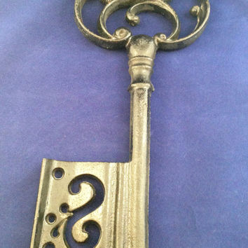 Cast Iron Skeleton Key: Heavy Large Ornate Paper Weight Vintate Home Decor Wall Decor