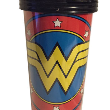 DC Wonder Woman Shield Stars Sturdy Plastic Travel Mug Snap Lid Slide Sip Area