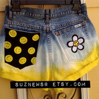 Daisy Smiley Face High Waisted Shorts Happy Face 90's Yellow Dip Dyed Size 28 Flower Power //SUZNEWS ETSY STORE//
