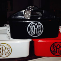 Personalized Shower Caddy.  Perfect for Camp or College Dorm Room.  Great Graduation Gift!  Monogram three Initials in Circle frame