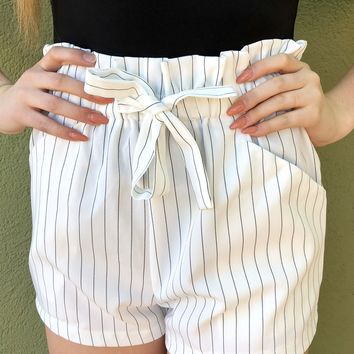 Picture Perfect Shorts- White/ Black