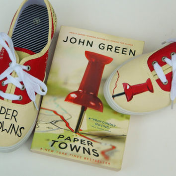 Paper Towns Painted Shoes - Custom - Quotes - Fandom - Fan Art - JOHN GREEN - Tack - Quentin - Margo Roth Spiegelman - DFTBA - Nerdfighteria