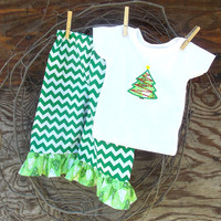 Girls Chevron ruffled pants,white T shirt with Christmas Tree Applique, 6, 12, 18, 24 months 2 ,3, 4, 5, 6, 7, 8 girls , Holidays, Christmas