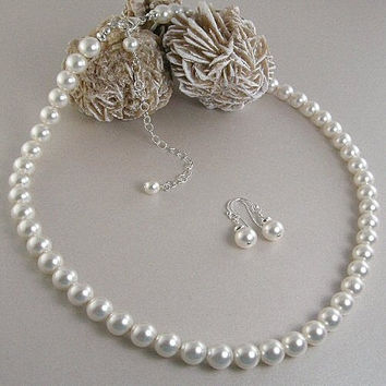 White Pearl Necklace and Earring Set, Classic Pearl Necklace and Earrings