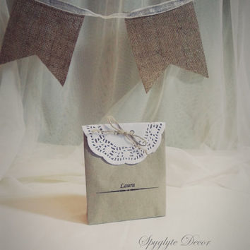 HANDMADE Wedding Favor Bags DIY Kraft with White Doily Rustic Custom Wedding Favor, thank you Bag