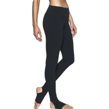 Under Armour Women's Mirror Free Cut Stirrup Leggings | DICK'S Sporting Goods
