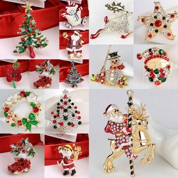 2017 Xmas Enamel Snowman Stockings Santa Tree Brooch Pin Christmas Gifts Women Men Brooches Charm Crystal Rhinestone