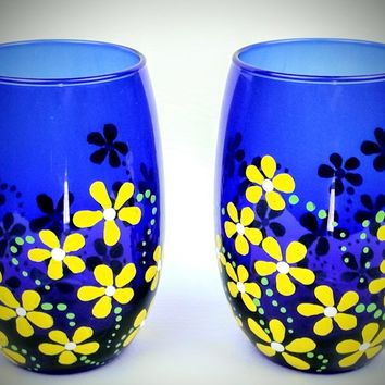 Hand painted stemless wine glasses, set of 2, yellow flowers, summer wine glasses, blue wine glass, blue wine glasses, yellow wine glass