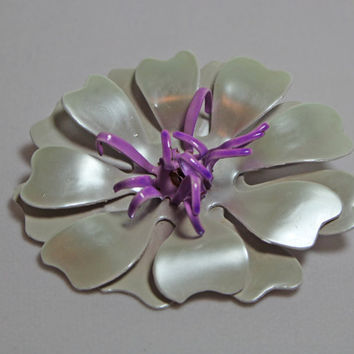 Vintage Purple Flower Brooch plastic pearl sheen petals ladies costume jewelry