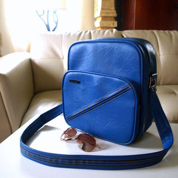 Retro Hipster 60s CARRY ON LUGGAGE Vintage Samsonite Blue Travel Organizer Bag Perfect Weekend Overnight Bag Shoulder Strap Faux Leather