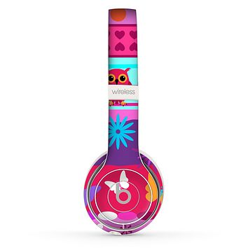 The Bright Pink Cartoon Owls with Flowers and Butterflies Skin Set for the Beats by Dre Solo 2 Wireless Headphones