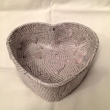 Heart Shaped Glass Bowl Decopauged