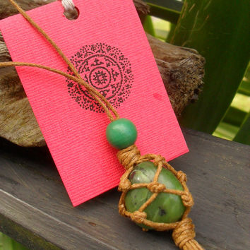 Macrame Hippie Necklace, Green Jade Pendant, Greenstone Pendant,  Natural Bohemian Jewelry, Hippie Pendant