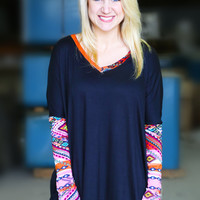 Mayan Sleeved Tunic {Black}