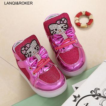 Fashion Kids Shoes For Girls Light Up Shoes Baby Boys Flashing Luminous Sneakers Toddler Little Children LED Glowing Sneakers