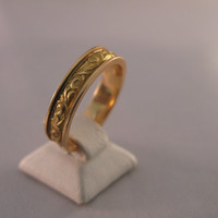 Vintage 18k Solid Yellow Gold Ring - Wedding Band  - Stackable Band - Gift - Wedding - Anniversary - Valentine's Day