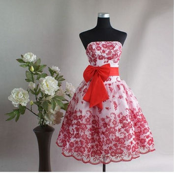 Red Cocktail Strapless Embroidery Dress