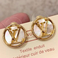 Free shipping-LV Tide brand female retro earrings