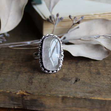 Size 8 - Clear Quartz Silvertone Ring