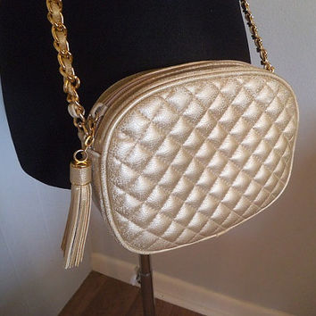 Vintage Gold Tassel Quilted Design Purse with Gold chain Link Strap ~ Shoulder Bag ~ Cross Body ~ Amanda Smith
