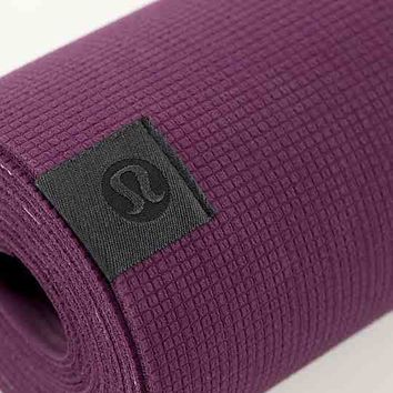 the pure mat 3mm | women's yoga mats | from lululemon ...