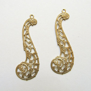 Brass Filigree, Raw Brass Stamping, Filigree Finding, Brass Dangle Pendant 20mm x 57mm - 4 pcs. (r285)