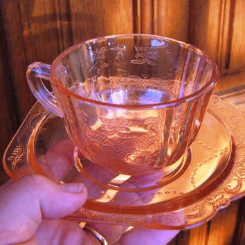Vintage Indiana Glass Pink Recollections Madrid Set of FOUR teacup/saucer GREAT IOB