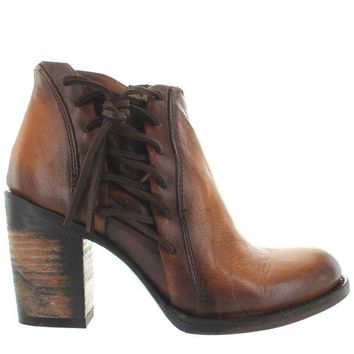 ONETOW Freebird Brook - Brown Leather Short Boot