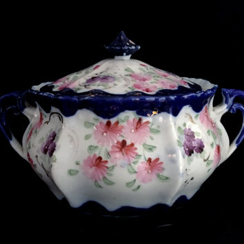 Hand Painted Japanese Cobalt Double Handled Blue Scalloped Bowl & Lid