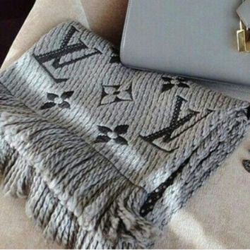 LV Stylish Women Men Chic Louis Vuitton Jacquard Cashmere Cape Scarf Scarves Shawl Accessories Grey