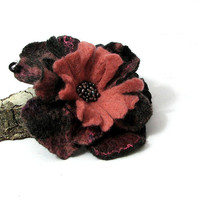 Felted Flower Brooch - Felted Brooch PURPLE PINK Brooch felt nuno nunofelt poppy silk flower