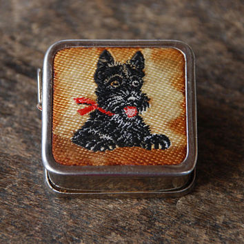 Vintage Tape Measure World War Two Occupied Western Germany British Zone Embroidered Scottie Dog 40 Inches Retractable Sewing 1940's