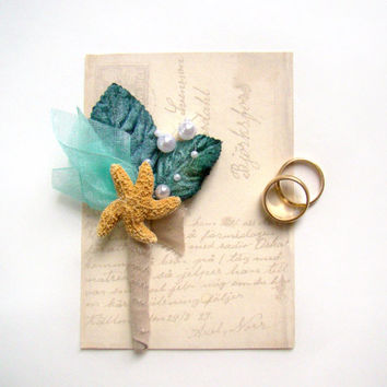 Starfish Boutonniere, Beach Wedding, Groom's Flower, Groomsmen, Aqua and Teal Wedding, Destination Wedding, Beach Ceremony