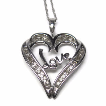 Vintage 10K Diamond Love Heart Pendant Necklace