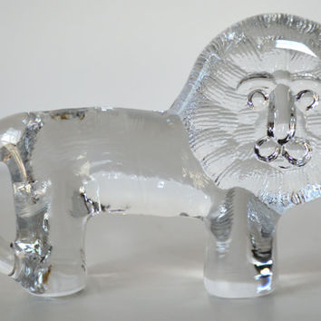Vintage Kosta Boda Glass Lion Figurine by goodygirlred on Etsy