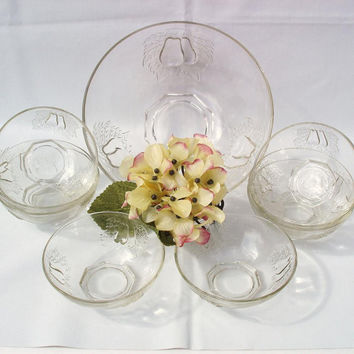 Vintage Glassware, Berry Bowl Set, Pears, Glass Dessert Bowls, Fruit Salad