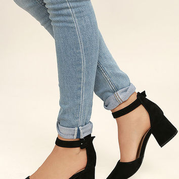 Steve Madden Dainna Black Suede Leather Ankle Strap Heels