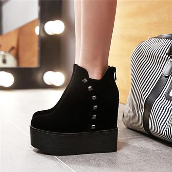 YMECHIC 2018 Fashion Womens Black Red Rivet Punk Creepers Flock Autumn Winter Platform Shoes Gothic Extra High Heel Ankle Boots