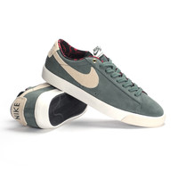 Nike SB Blazer Low GT-Grove Grn/Phantom