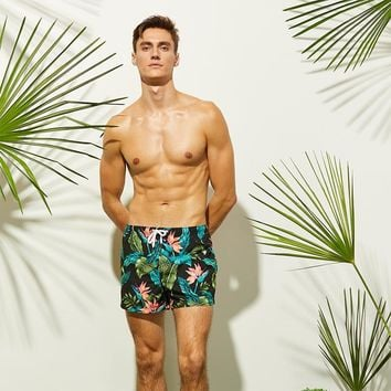 Newest Men's Black Beach Shorts Leaves Flower Printed Surfing Shorts Quick Dry Beach Pants Swim Shorts Men Swimming Shorts