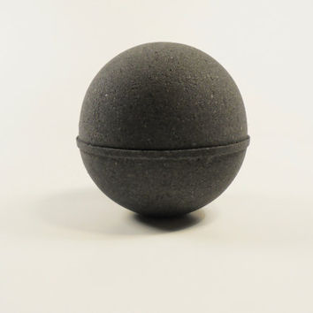 Black bath bomb, bath bomb, aromatheraphy, bath and beauty, dark bath bomb, dark bath, bath bombs, spa gift, bath, bath fizzy, all natural