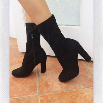 All Around Me Boots- Blk