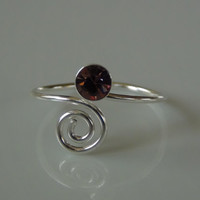 925 Sterling Silver Swirl Toe Ring With Pink Crystal Gem