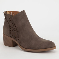 QUPID Geo Lasercut Womens Booties