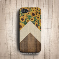 Sunflower Chevron on wood iphone 5S case , wood chevron iphone 4s case ,Sunflower iphone 5 , chevron iphone 4s