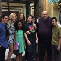 "Videos: ""Jessie"" Cast Receiving Awards And Having Fun On Set April 2, 2014"
