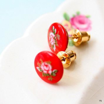 Vintage Red Posts by tamar on Etsy