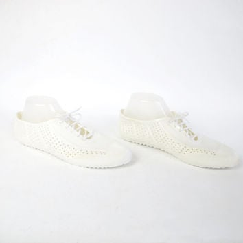 80s Vintage Jelly Shoes Lace Up Flats White Plastic Jelly Sandals Wrestler Perforated Flats Womens White Sneakers Summer Water Shoes Size 9